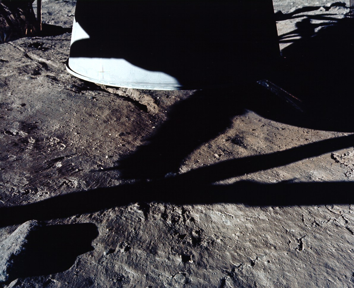 Does anyone else think the landing on the moon was made up ...